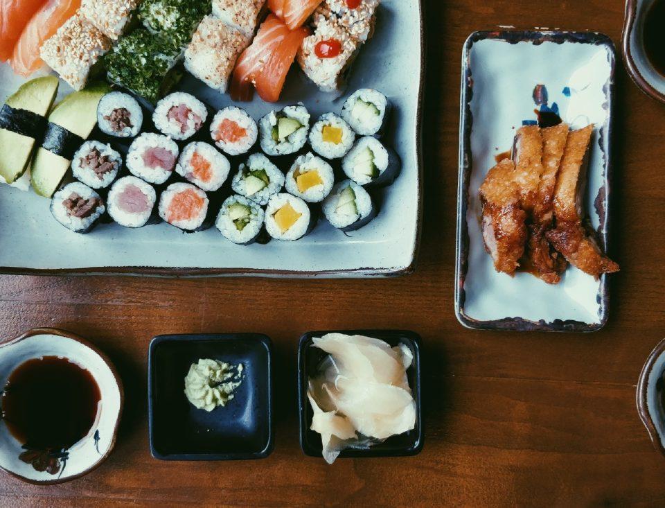 [object object] Albariño y comida japonesa, una combinación sorprendente albarino sushi 960x733